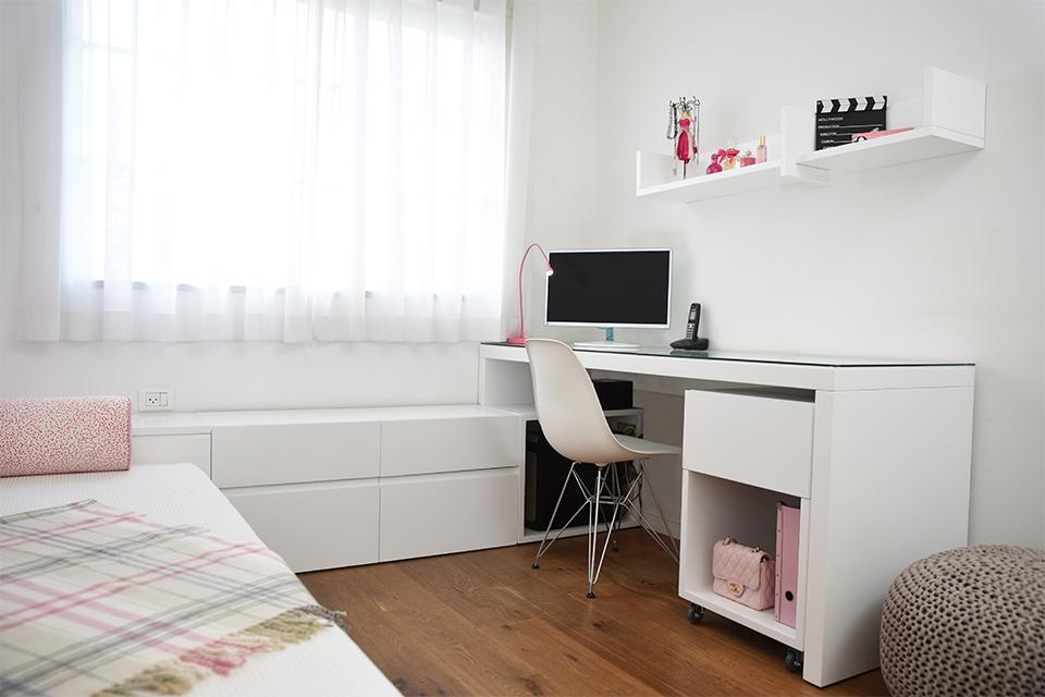 שולחן כתיבה לחדרי ילדים ונוער