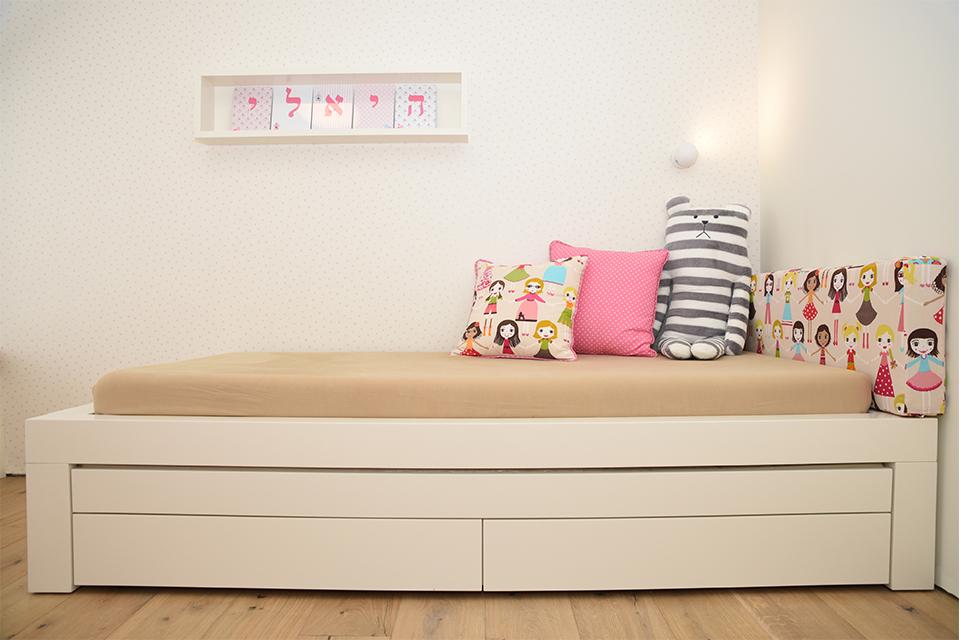 מיטה לחדרי ילדים ונוער