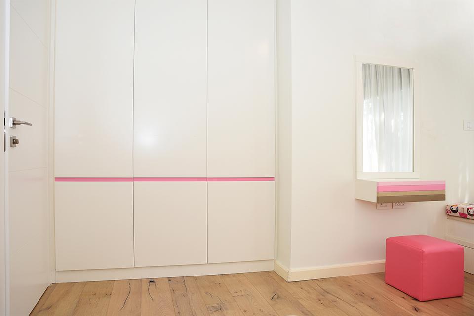 ארון ופינת איפור לחדרי בנות