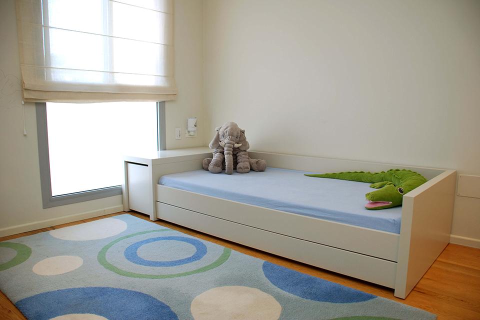 מיטת יחיד לחדר בנים
