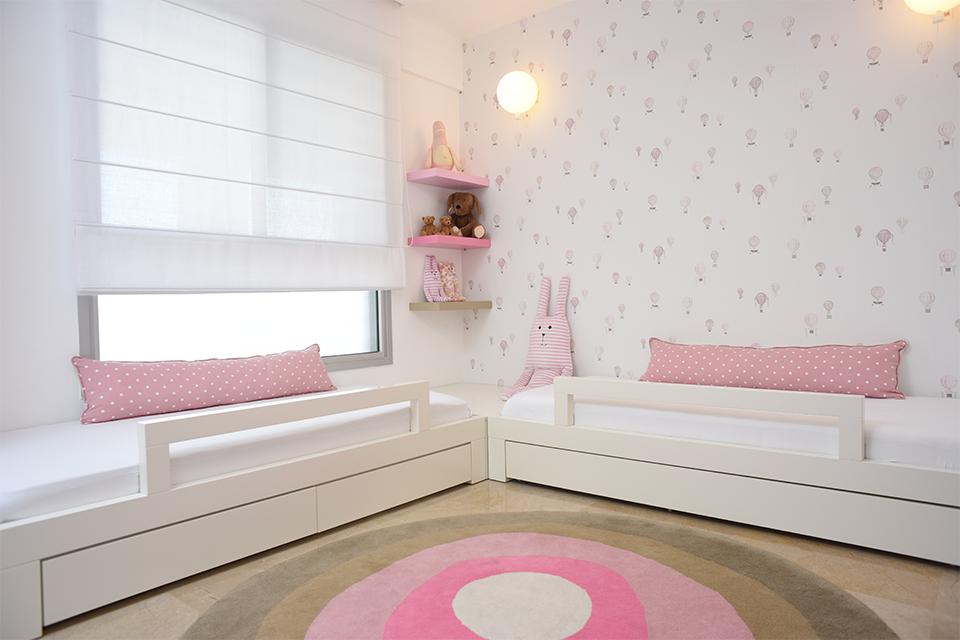 שתי מיטות בחדר לבנות