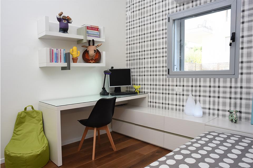 שולחן כתיבה לחדרי ילדים