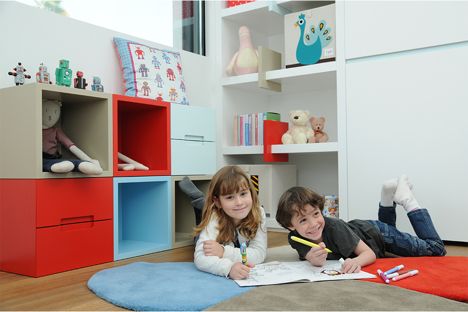 אחסון כוורת בחדר ילדים ונוער