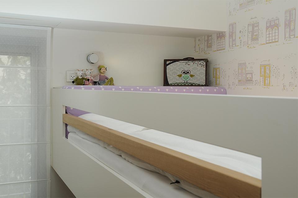 מיטה גלריה מרחפת לחדרי ילדים ונוער