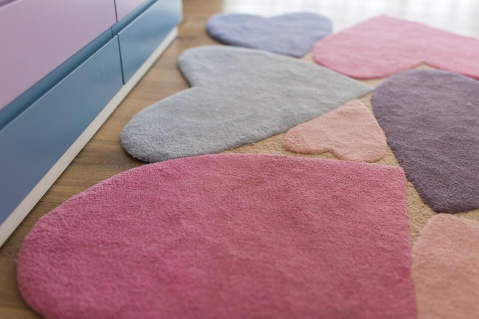 שטיח לבבות לחדר ילדים ונוער