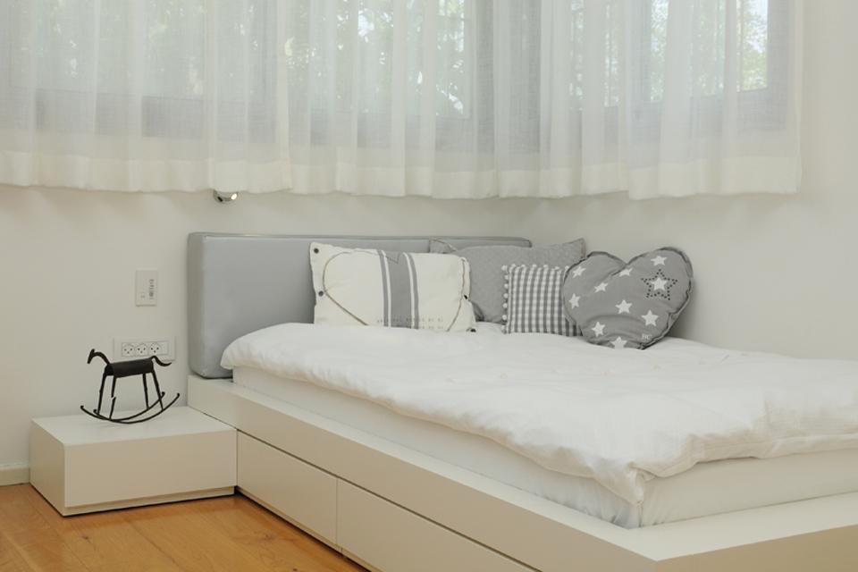 כריות מעוצבות למיטות ילדים ונוער