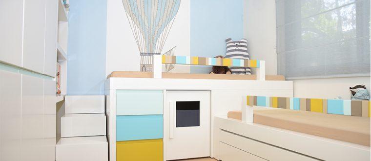 חדר בנים – מיטה גבוהה עם בית משחק